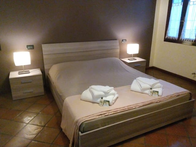Bed&Breakfast Ferrara vicino al fiume PO - Ferrara