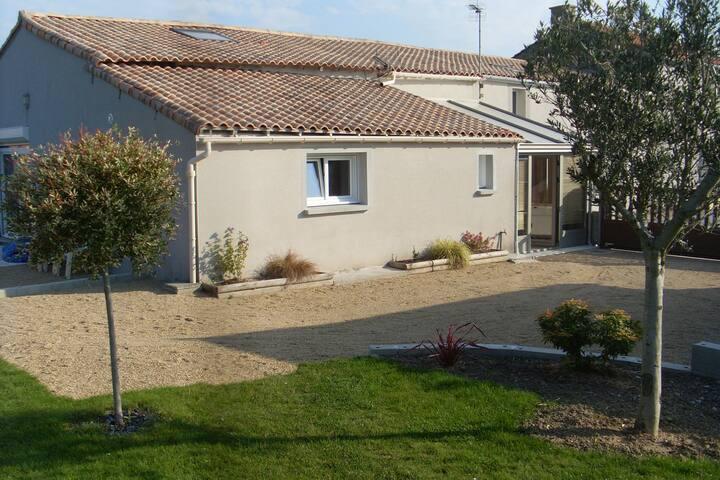 Chambre d'hôtes près d'Ancenis et  la Loire à Vélo - Liré - Casa