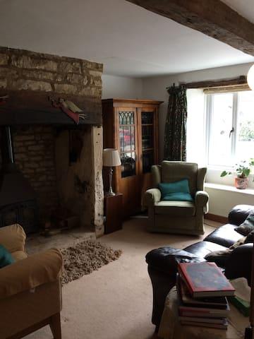 Grove Cottage - Leonard Stanley - Departamento