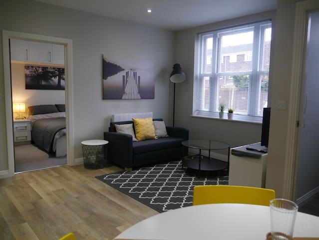 Chertsey Cosy Apartment - Chertsey