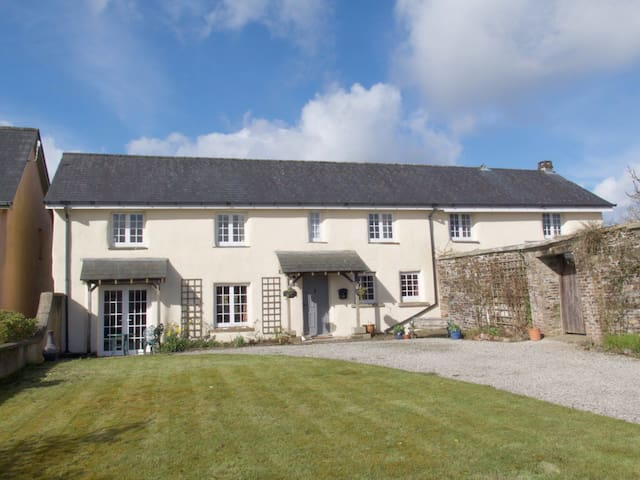 Coachman's Cottage - Northlew