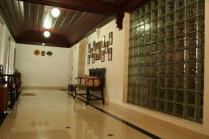 Sreemandiram - Alappuzha - Bungalow