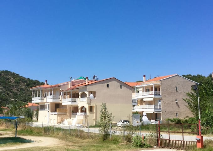 New house close to the beach and Mount Athos - Chalkidiki - Departamento
