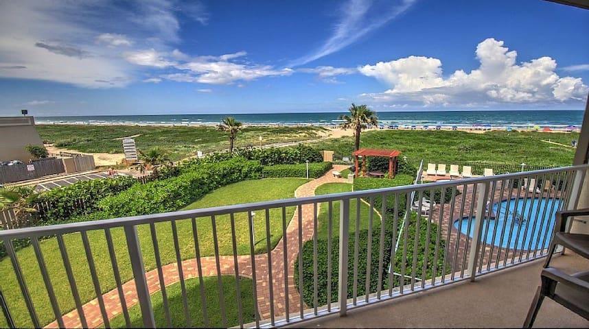 EVERY day is a BEACH day!!! - South Padre Island - Osakehuoneisto
