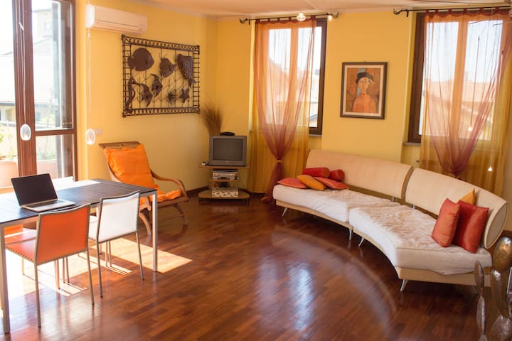The Orange House, Besnate - Besnate - Apartamento