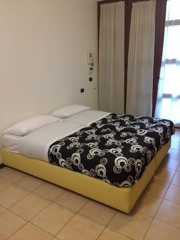 Peppino House - Milano - Appartamento