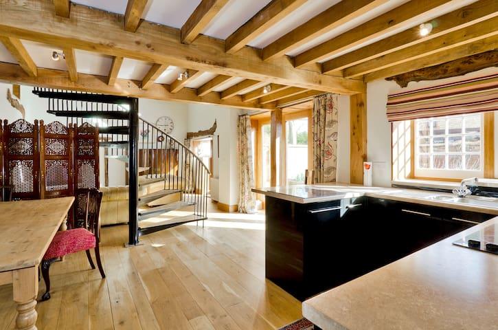 Romantic retreat for two plus dog - Nocton - Huis