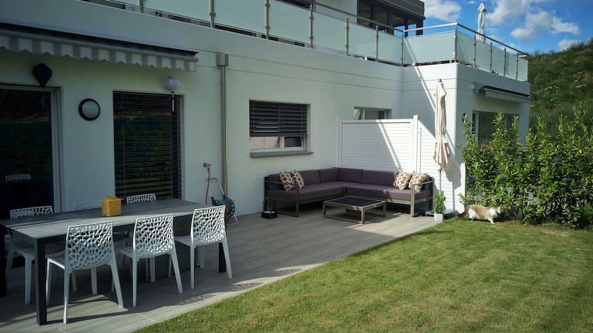Appartement moderne avec terrasse & jardin privés - Sion - Condo