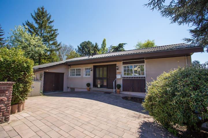 House: 100 sqm + 1500 sqm garden - Wörrstadt - Ev
