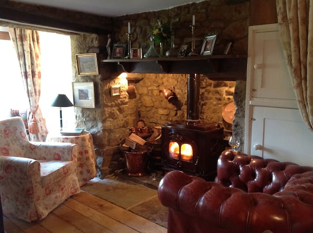 Robins Cottage Traditional Cotswold Hideaway - Swerford - Maison