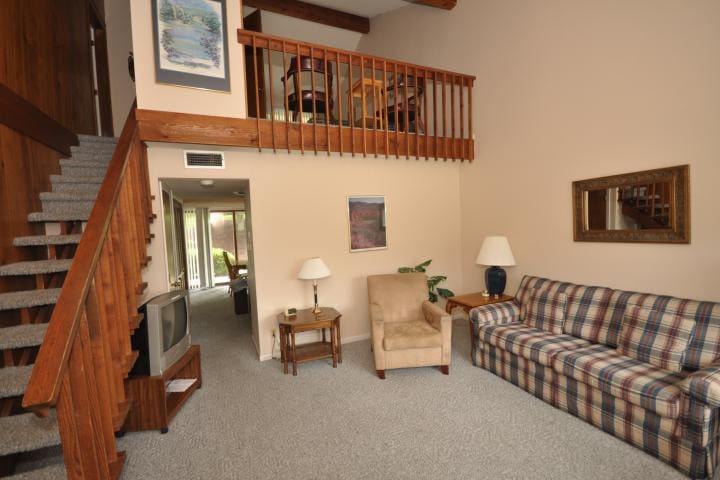 Fairway Villa #604 - Rumbling Bald Resort - Lake Lure - Villa