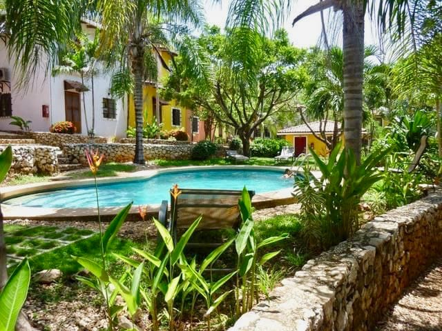 Townhouse with pool in tropical private community - Tamarindo - Adosado