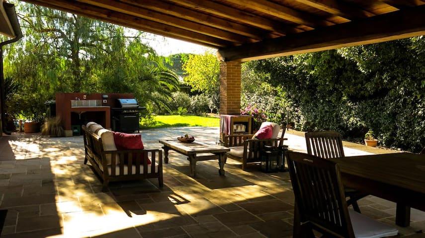 Peaceful haven in Maccarese near Rome - villa - フィウミチーノ - 別荘