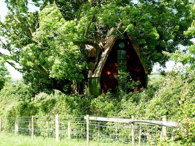 Tree Sparrow House, Cornwall. - Helston - Rumah Pohon