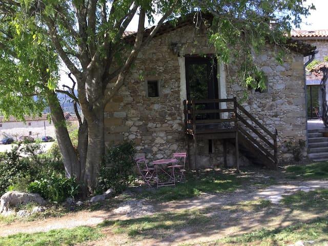Petite maison au bord des bois - Moules et Baucels - Ev