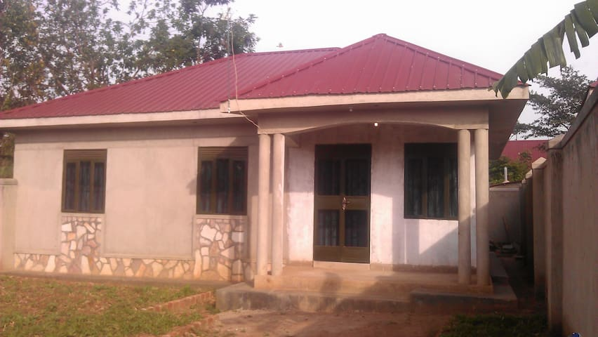 Free Space to offer in Sunny Mukono - Mukono - Hus