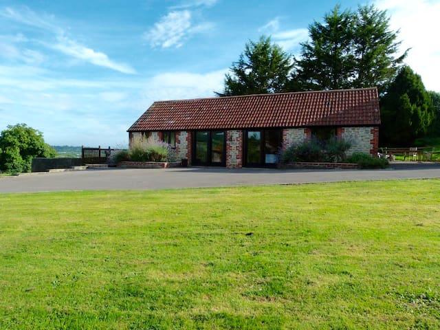 Vale Centre Lower Cottage, fabulous setting - Wincanton - Huis