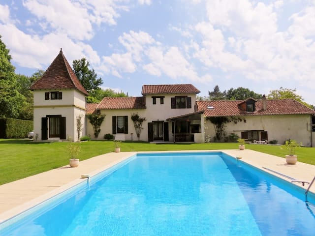 Tranche Pouge en Périgord - Agonac - Bed & Breakfast