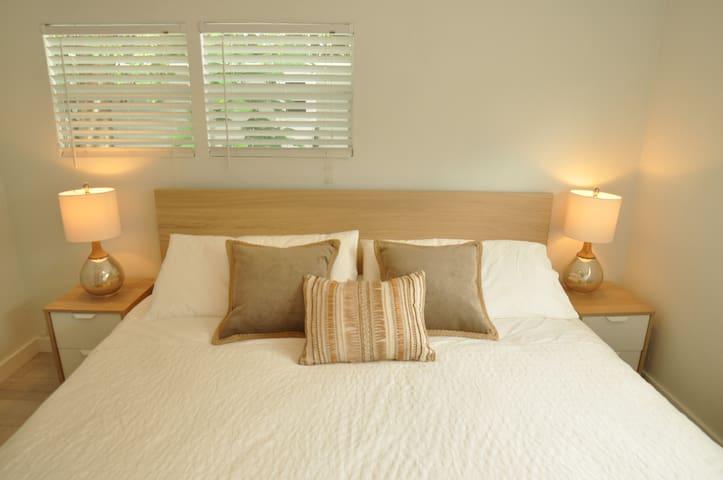 Modern Key Largo Cottage. Free Boat Trailer Pking - Key Largo - Casa