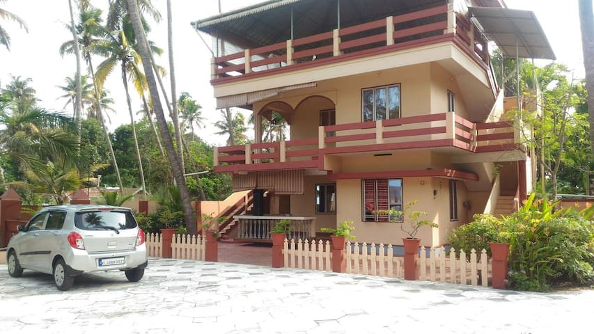 Beach faced Rooms in kochi,low cost - cherai, ernakulam district - Daire