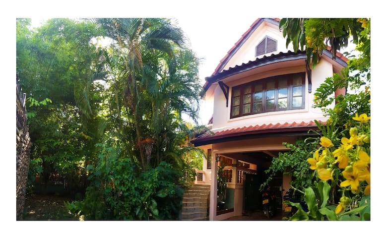 Cosy House near Patouxay/That Luang - Vientiane - Maison