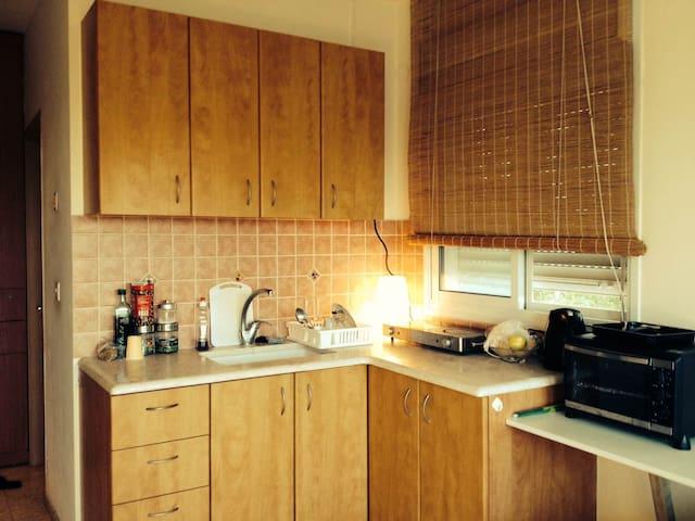 Apartment in a vilage neer Rehovot - Mazkeret Batya