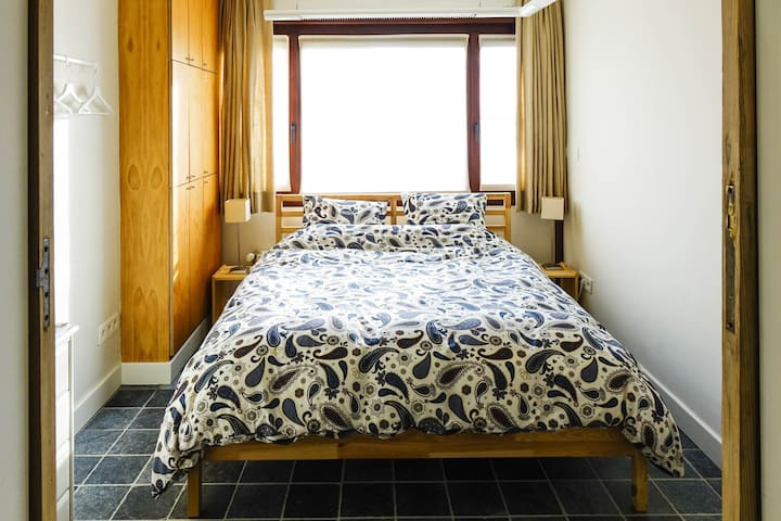 Guest Room with private bathroom in green area! - Ypres