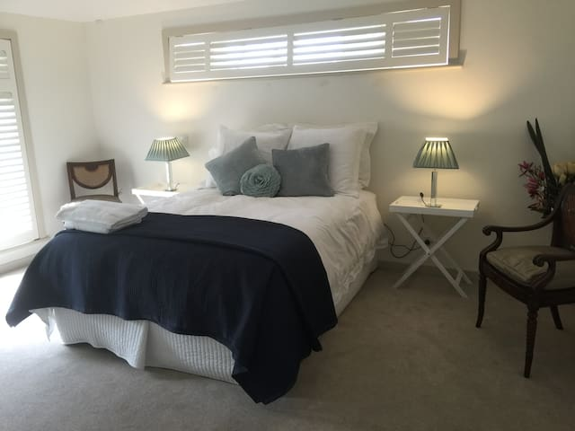 Spa Suite and own Kitchenette - Walkerville - Casa
