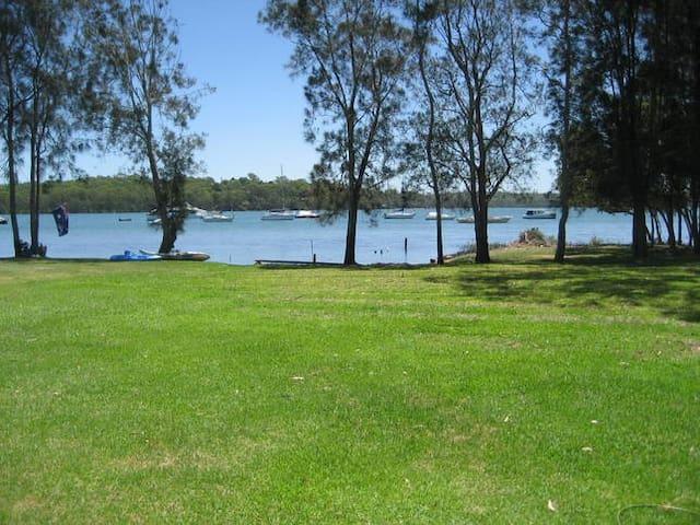 The Wharf Lake Macquarie - Wyee Point - Rumah