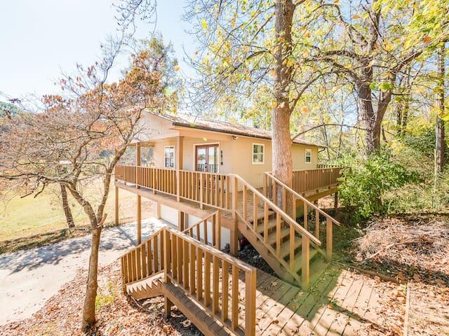 Lakeside Retreat - Brim-Deck, view, dock, fishing - Dayton - Huis