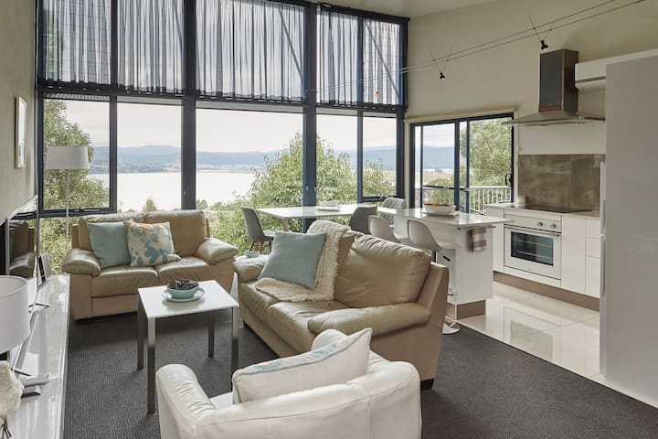 Tamar River Apartments - Vines Luxury 2 Bed - Rosevears  - Appartement