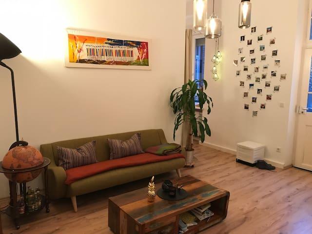 Schicke Altbauwohnung mit Designeinrichtung - Mannheim - Pis