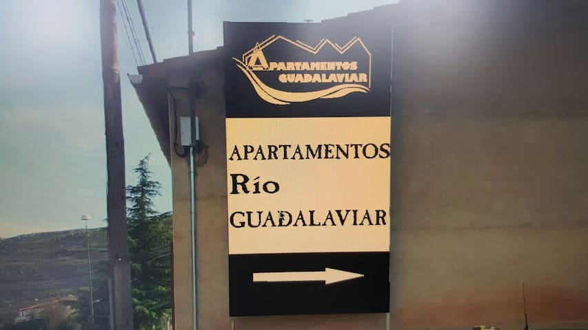 APARTAMENTOS RÍO GUADALAVIAR - Albarracín - Wohnung