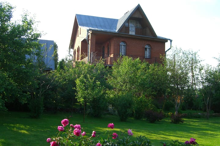 Прекрасный дом с баней для сказочного отдыха - Moscow Oblast - Huis