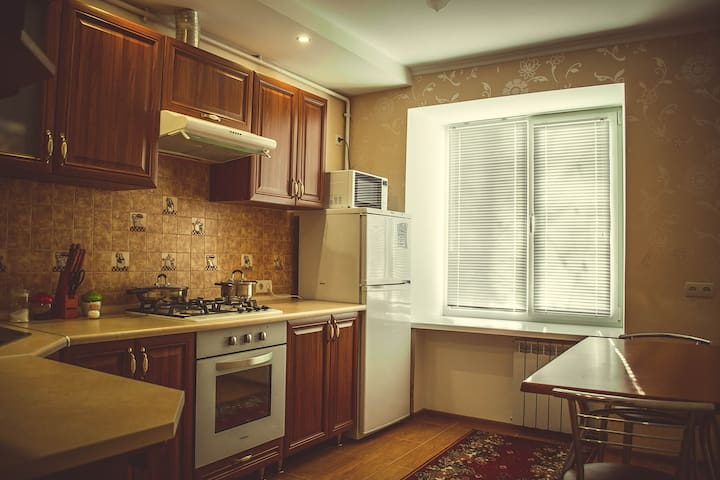 1 room apartment with 2 beds. Perfect location - Mykolaiv