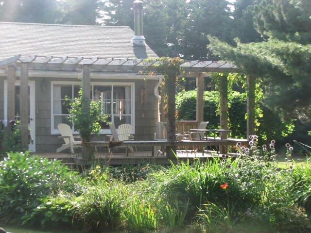 Beautiful, spacious summer cottage - Stanhope - Dağ Evi