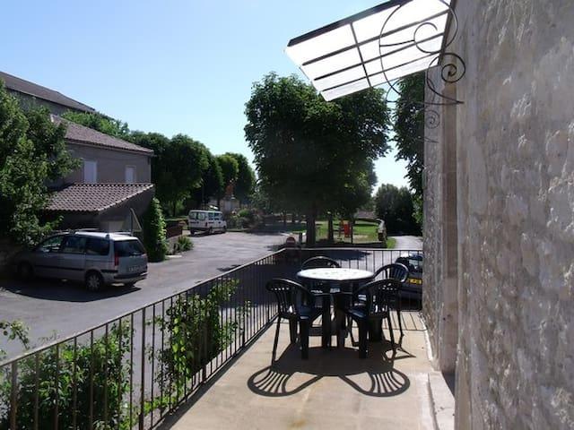petit loft village lot quercy  - Lalbenque - Lägenhet