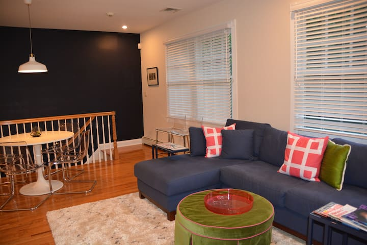 Fully Updated Private Entry Apartment Near NYC - Millburn - Leilighet