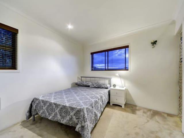Halifax Double Bed - Аделаида - Квартира