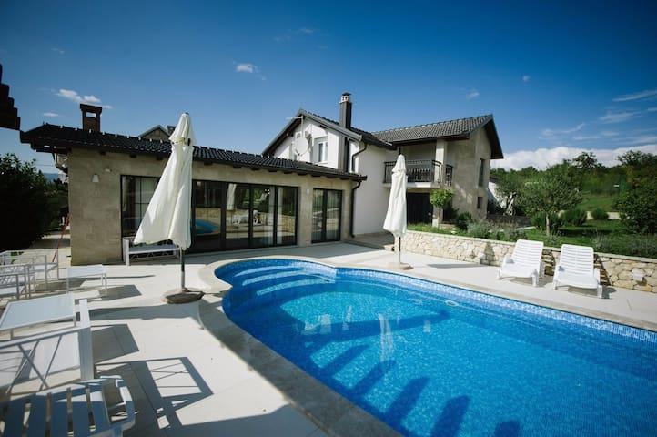 Villa Midas - Široki Brijeg