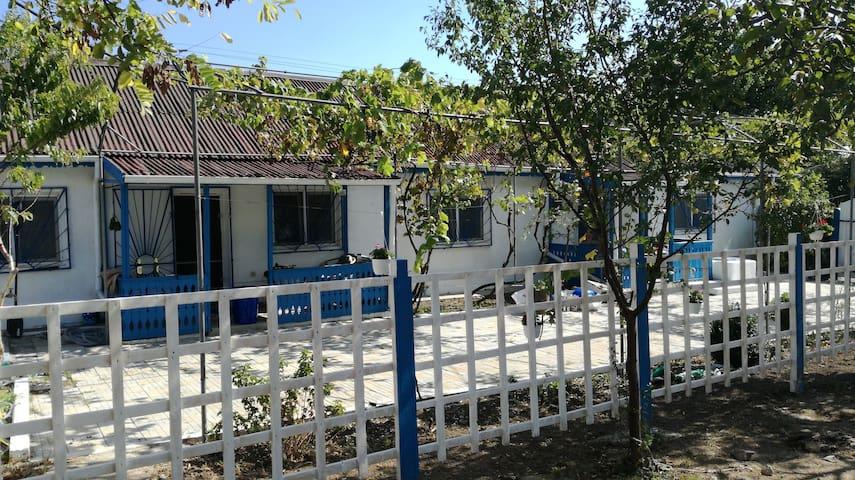 Blue Lagoon Holiday House Jurilovca - Jurilovca - Rumah