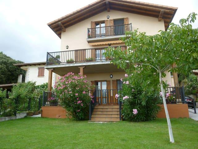 Casa rural muy cerca de  Pamplona - Olza
