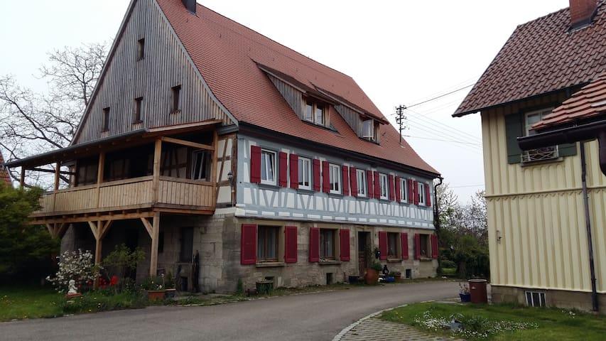 Wohnen in ländlicher Idylle - Schwäbisch Hall - บ้าน