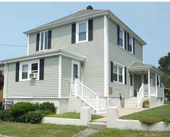 Cozy private HOME close to Newport & Providence - Tiverton - Appartement