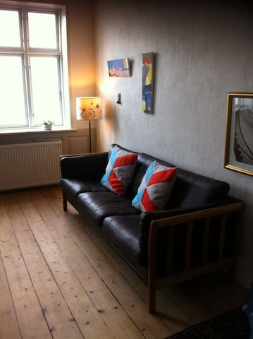 Udsigtslejlighed i Købmandsgård - Løgstør - Apartamento