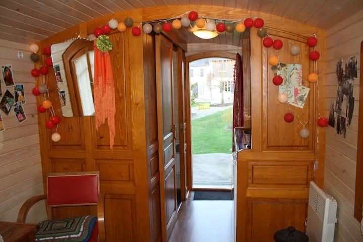 Les roulottes de la Baie de Somme (Gipsy Caravans) - Saigneville
