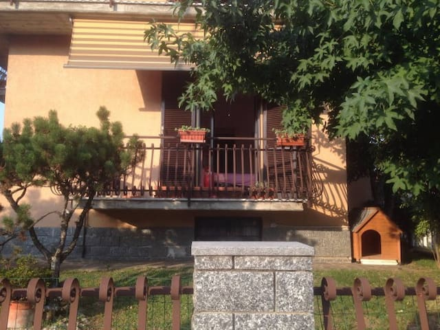 Pavia Furnished House - Pavia - Appartement
