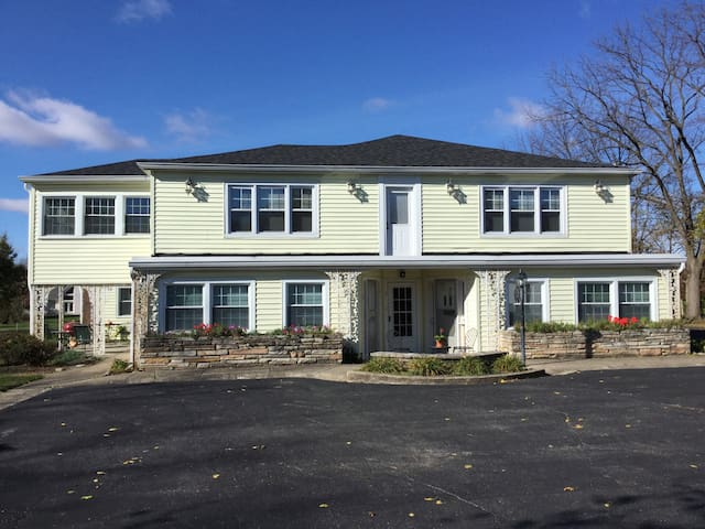 Country charm near Indianapolis - Mooresville - Appartement