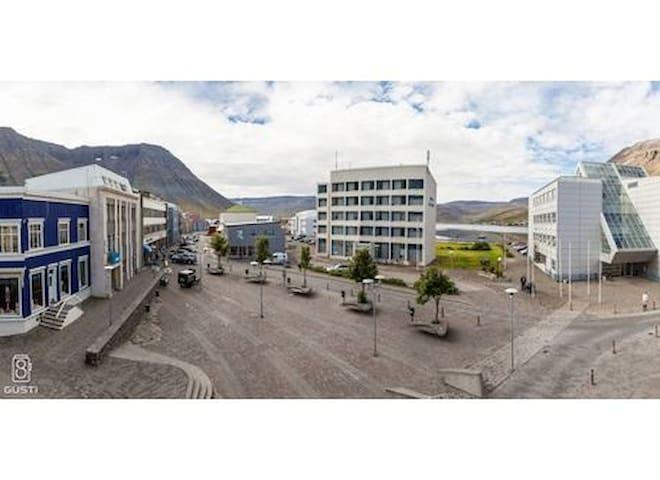 Adorable and cozy apartment - Ísafjörður - Lägenhet