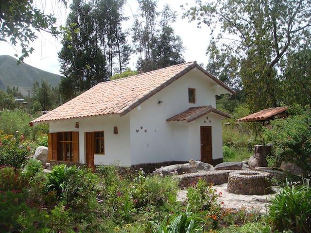 Cusco Cozy Cabin in Urubamba - Urubamba - Bungaló
